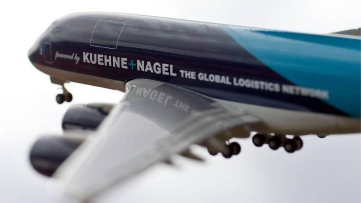 Das Logistikunternehmen Kühne+Nagel präsentiert trotz Coronakrise solide Quartalszahlen. (Symbolbild)