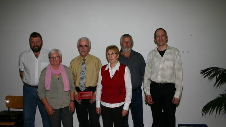 Hottwiler Gemeinderat mit Markus Keller, Alice Ulmi, Robert Keller, Martha Friedli, Bernhard Kohler und Gemeindeschreiber Stefan Roshardt. (Bild: louis probst)