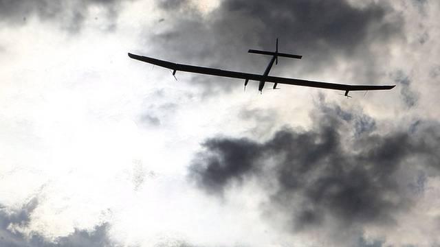 Wolken statt Sonne satt; Solar Impulse braucht andere Energiequellen