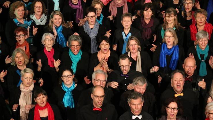 Ein einziger Klangkörper: Der 80-köpfige Ad-hoc-Chor sang mitreissende Gospellieder.