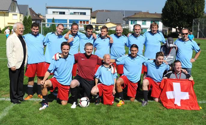 Gilbert Gress ist schon seit 20 Jahren Ehrentrainer des FC Traktor azb Strengelbach. Das wird am 22. September auf dem «Mätteli» in Strengelbach mit einem Turnier und weiteren Attraktionen gross gefeiert.