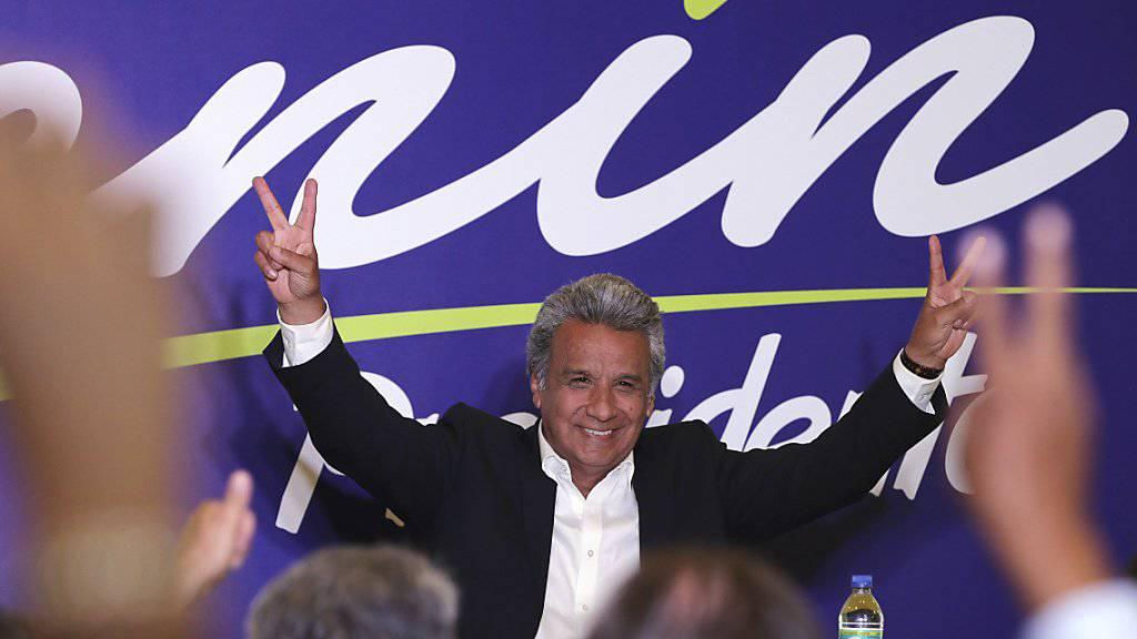 Der favorisierte Kandidat Lenin Moreno hat nach Prognosen bei der Präsidentenwahl in Ecuador die erste Runde gewonnen. Ob es bereits für den Sieg reicht, ist noch nicht klar.