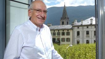 Nicht nur auf der Place Centrale in seiner  geliebten Gemeinde Martigny kennt jeder alt Bundesrat Pascal Couchepin, den langjährigen Stadtpräsidenten.