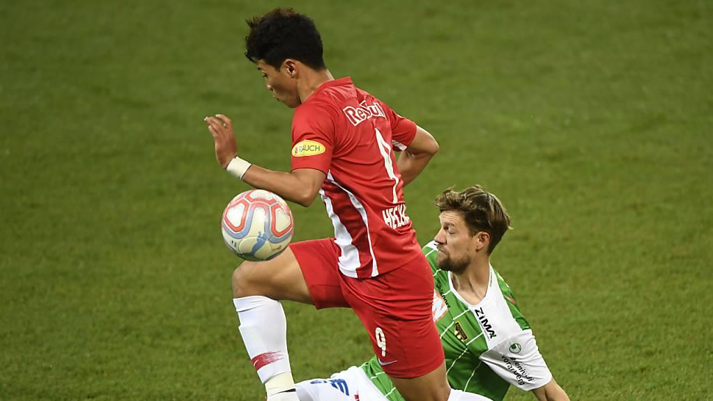 Leipzigs Neuzugang Hwang Hee-chan (im roten Dress) erzielte in der laufenden Meisterschaft in Österreich für RB Salzburg in 27 Spielen elf Treffer und gab zwölf Torvorlagen.