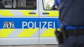 Bei einer Kontrolle wurden Polizisten behindert und ein Kontrollierter zur Gegenwehr angestachelt.