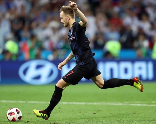 Ivan Rakitic, der Mann aus Möhlin AG, tritt den entscheidenden Penalty – und schiesst Kroatien in den WM-Halbfinal.