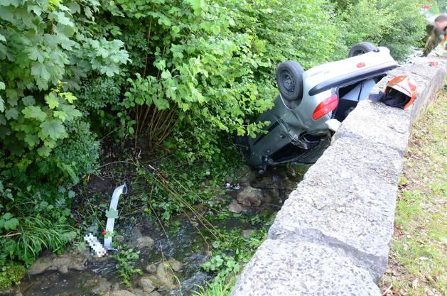 Warum die Autofahrerin ins Schleudern kam, ist noch unklar.