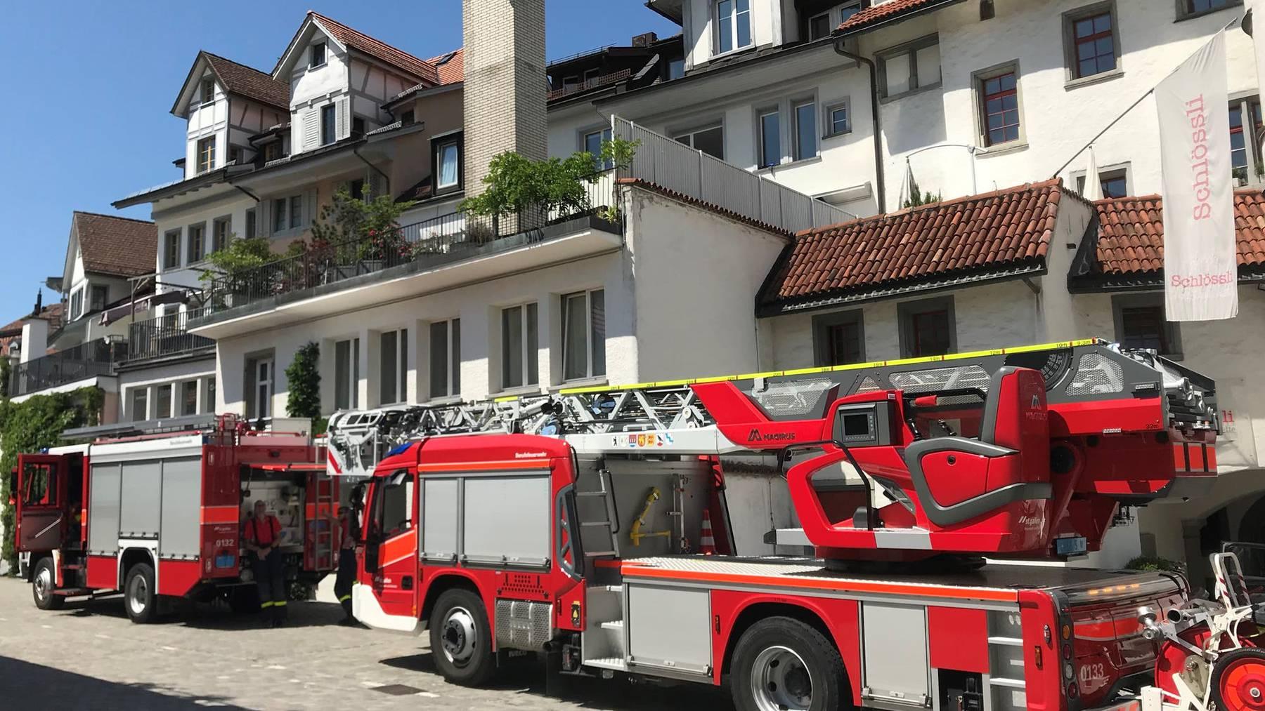 Die St.Galler Feuerwehr rückte wegen eines Fehlalarms in der St.Galler Pfalz aus.