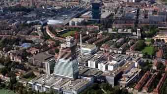 Pharma als Chance und Gefahr: Die chemisch-pharmazeutische Industrie hat in Basel eine so grosse Bedeutung wie an keinem anderen Ort der Welt.