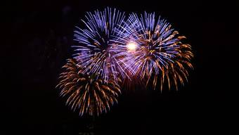 Feuerwerk in der Bieler Seebucht