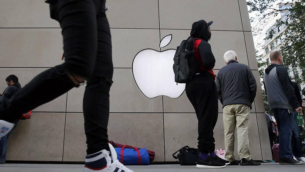 Auch dieses Mal standen Menschen Schlange für ein neues iPhone, zum Beispiel in Chicago.
