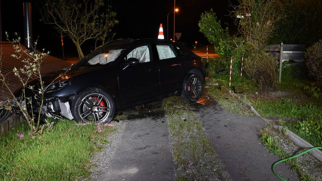 Betrunkener Autofahrer baut in Meierskappel ienen Selbstunfall