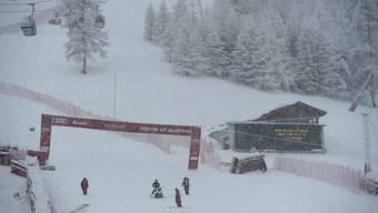 Vor einem Jahr musste schon das Super-G-Rennen der Frauen in Val d'Isère wegen heftigen Schneefalls abgesagt werden.