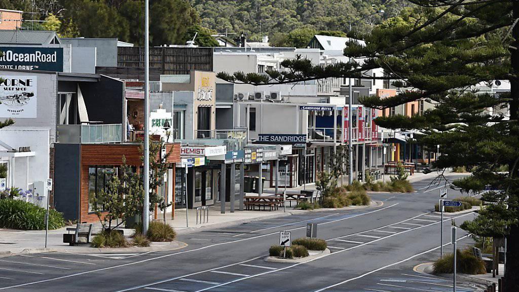 Verlassener Touristenort Lorne: Wegen unkontrollierter Buschbrände empfahlen die Behörden zeitweise, Lorne an der Great Ocean Road im Süden Australiens zu verlassen. Bei den Bränden in der Region wurden über 50 Häuser zerstört.