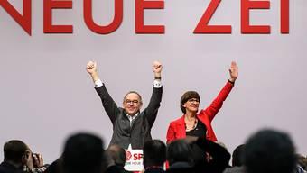 Neue SPD-Doppelspitze: Norbert Walter-Borjans und Saskia Esken sind am Freitag in Berlin zu den Vorsitzenden der deutschen Sozialdemokraten gewählt worden.