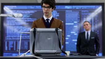 Informationsquelle Computer: Selbst in den James-Bond-Filmen spielt diese Quelle eine immer grössere Rolle. HO