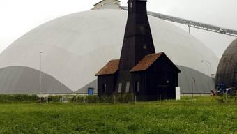 Der Schweizer Salzbedarf wird seit Jahren mit Material aus den Abbaugebieten Riburg AG und Schweizerhalle BL gedeckt. Die Vorräte in der Schweiz reichen bis Ende des Jahrhunderts. (Archivbild)