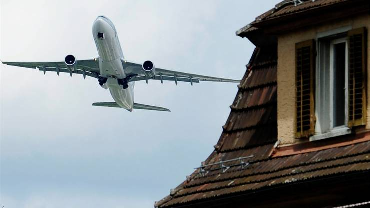 Auch Oberrohrdorf wehrt sich gegen den Fluglärm. (Symbolbild)