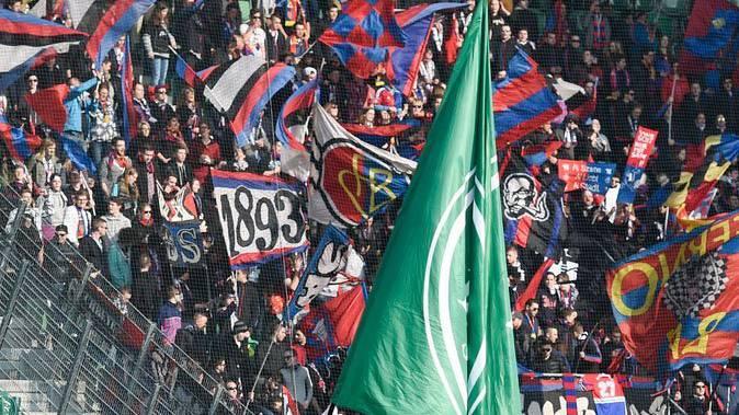 Die gesuchten Personen sollen aus dem Umfeld des FC Basel kommen.
