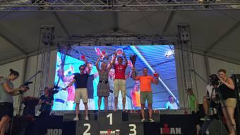 Jürg Mallepell (rotes Shirt) triumphierte am Ironman in Zürich – als Belohnung geht es im Oktober nach Hawaii.