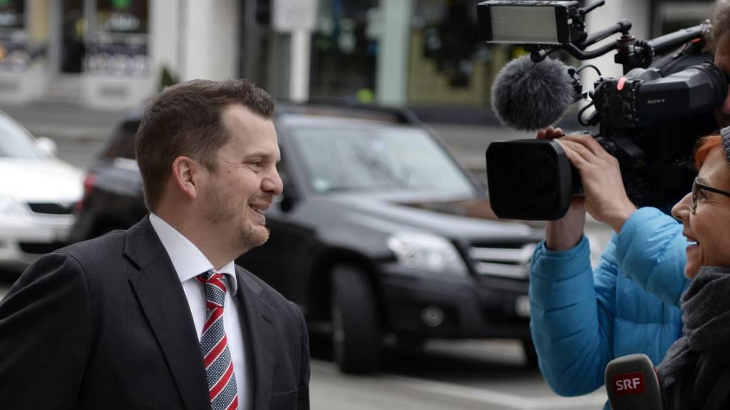Fall Hildebrand: Hermann Lei und sein Anwalt erscheinen vor Gericht