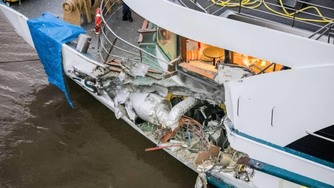 Schweizer Kreuzfahrtschiff kollidiert mit Frachter