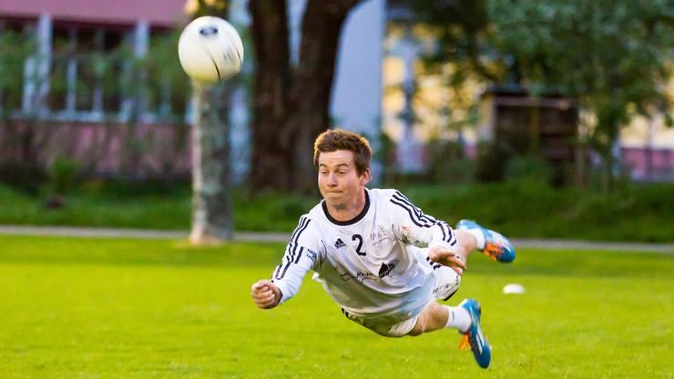 Reto Hunziker war einer von bloss drei Stammspielern, die am letzten Spieltag für den STV Oberentfelden auflaufen konnten.