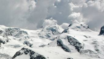 Unterwegs zum Pollux (rechts) starben heute zwei weitere Bergsteiger. (Archiv)