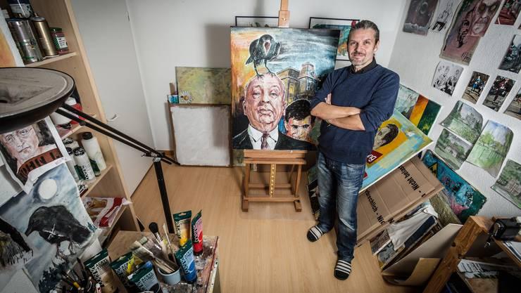 Hitchcocks Vögel dienen Künstler Alfi Moor genauso als Motiv wie Kriminalfälle, die vor Gericht kommen.