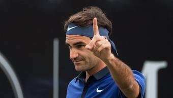 Roger Federer bezwingt auf dem Rasen von Stuttgart Jungstar Fritz