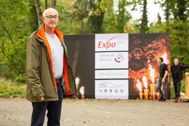 Der Expo-OK-Präsident beim imposanten Eingang, für den jeweils die Energieversorgerin IBB verantwortlich zeichnet.