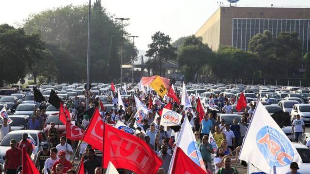 Volkswagen-Arbeiter protestieren gegen Entlassung (Archiv)