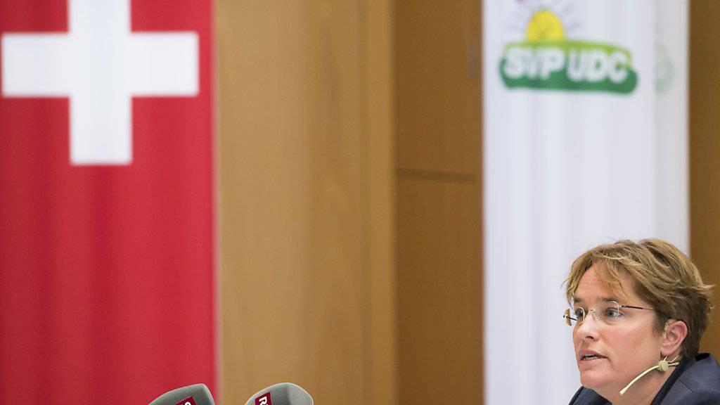 Magdalena Martullo-Blocher ist als Ems-Chefin eine der wenigen Frauen in der Schweiz auf einem Chefsessel. (Archivbild).