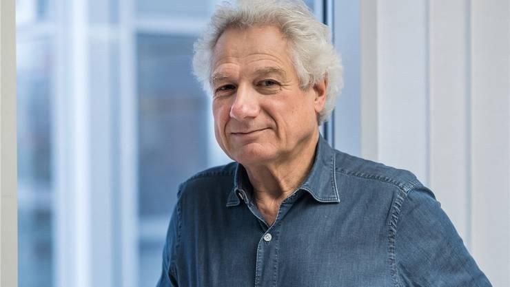 Kein bitterer Kritiker, sondern ein Liebhaber von Musik, Theater und Kunst im besten Sinn: Kulturredaktor Christian Fluri.