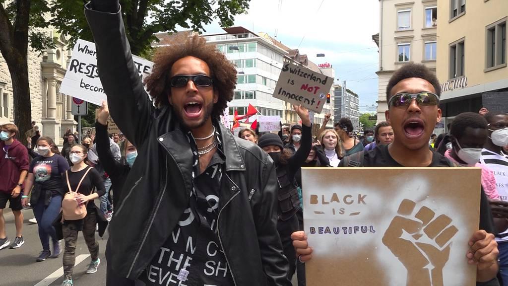 Black Lives Matter: Auch in der Schweiz gehen Tausende auf die Strasse