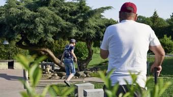 Vielleicht die letzte Saison in der Minigolfanlage Mühlematt in Dietikon. Der Park soll im Herbst schliessen. Minigolfer setzen nun alle Hoffnung auf den Entscheid der kantonalen Denkmalpflege.