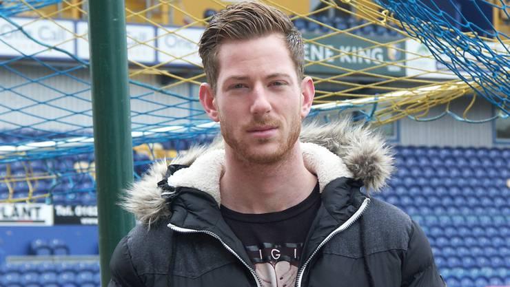 Sascha Studer an seinem alten Arbeitsplatz, dem One Call Stadium des FC Mansfield Town.