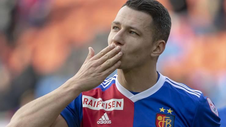 Marek Suchy verabschiedet sich vom FCB.