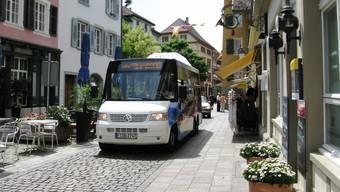 Der Stadtbus Rheinfelden in der Altstadt. (Archiv)