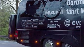 Die Bombe beschädigte die Festerscheibe des BVB-Mannschaftscars. Auch der Schweizer National-Goalie sass im Bus, nun sagte er im Prozess gegen den geständigen Bombenleger aus. (Archivbild)