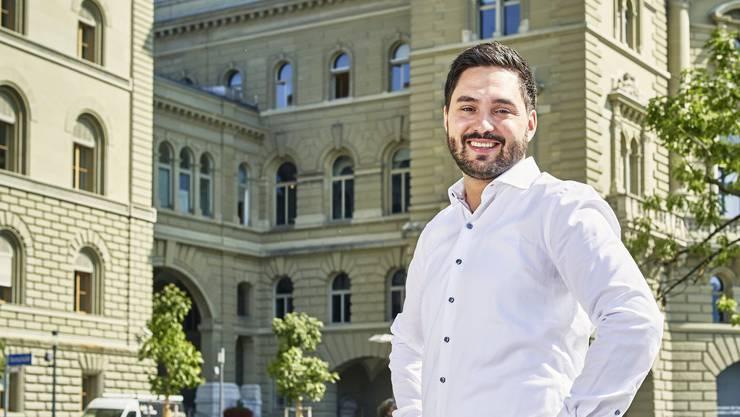 Cédric Wermuth auf der Bundesterrasse in Bern. Seit acht Jahren sitzt er im Nationalrat, jetzt will er im Ständerat viel verändern