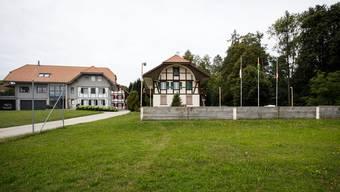 Das Areal rund um das Schulhaus in Brunnenthal wird als eines der möglichen Entwicklungsgebiete angesehen, das in die Wohnzone umgezont werden könnte.
