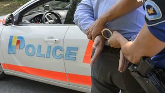 Die Genfer Polizei hat einen 31-jährigen Verdächtigen festgenommen. (Symbolbild)