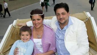 Anna Netrebko mit Sohn Tiago und ihrem Verlobten Yusif Eyvazov