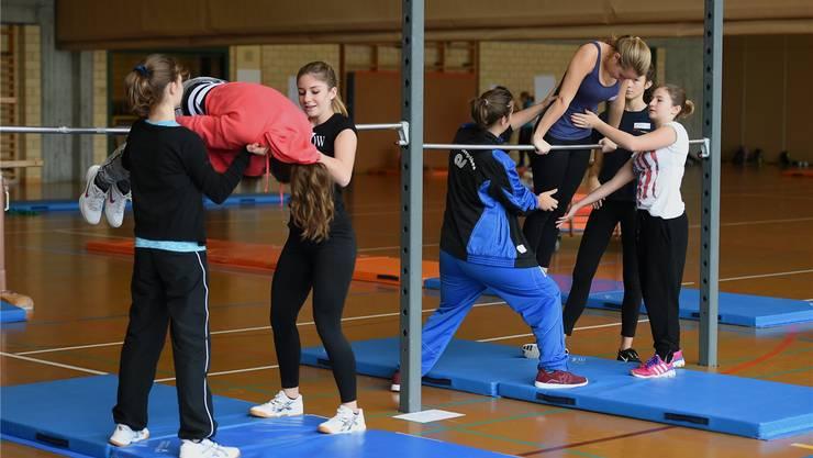 Jugendliche sollen bereits Leitertätigkeiten in Sportvereinen übernehmen können.Sportamt ZÜrich/foto-net