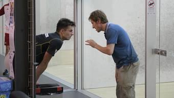Diese Saison nur selten im Einsatz: John Williams (rechts) erteilt Philipp Rohrer Anweisungen.