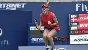 Jelina Switolina freut sich über ihren Finalsieg in Toronto gegen Caroline Wozniacki