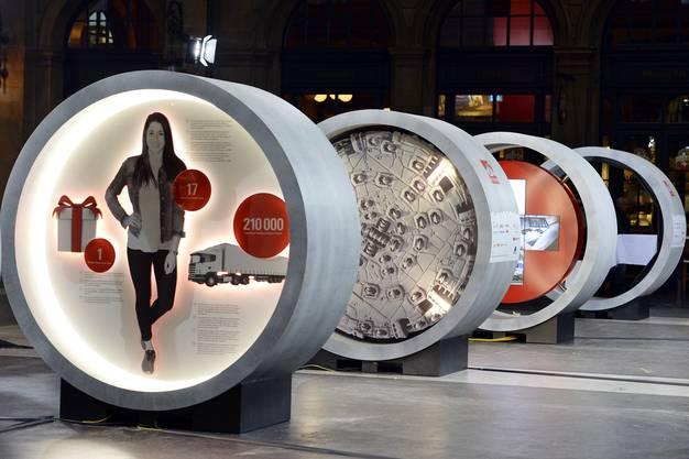 Multimediale Ausstellung ''Gottardo 2016'' im Hauptbahnhof Zuerich am Donnerstag, 15