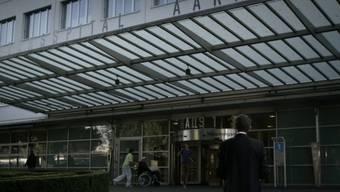 Die Aargauer Regierung sieht keinen Grund für einen Neubau des Kantonsspitals Aarau.