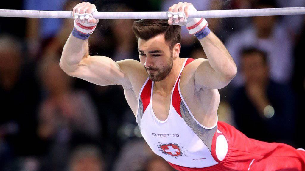 Europameister Oliver Hegi gelang für einmal eine Übung am Paradegerät Reck nicht nach Wunsch